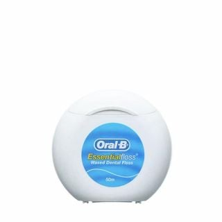 Oral-B Essential Floss Waxed 50m